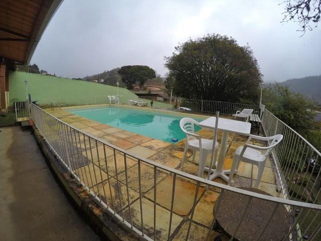 piscina na pousada do xatô - pousadas em miguel pereira