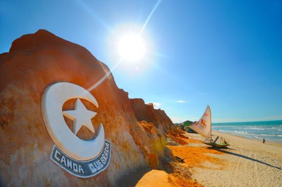 canoa quebrada: lugares para passar o carnaval 2020